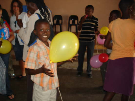 db_Ballons_for_the_kids_after_Church_101